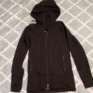 Lululemon hooded black Define jacket size 2
